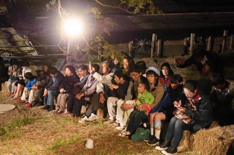 劇団「須藤兄弟」の観客