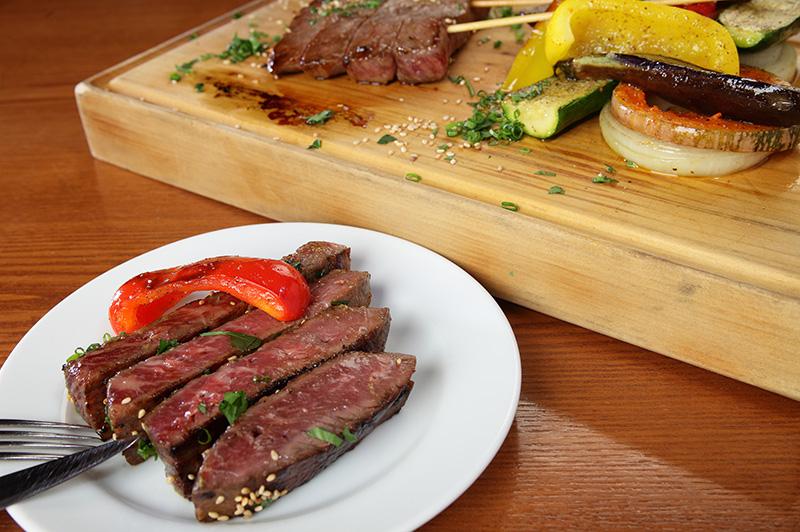ホルスタインと和牛を交配した交雑種の牛肉