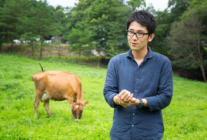 放牧で牛を飼育してる「森林ノ牧場」