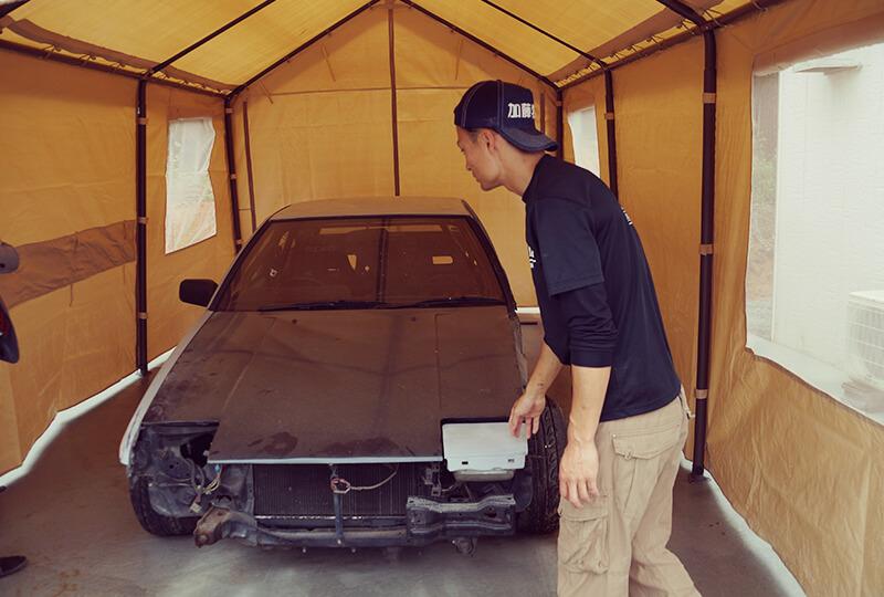 愛車トヨタ・86(スポーツカー)と加藤さん