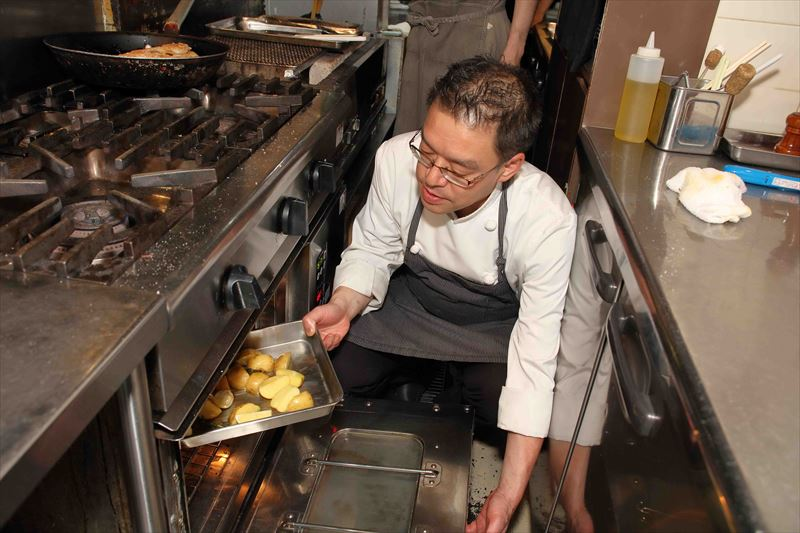 炒めた野菜を再度オーブンで焼く