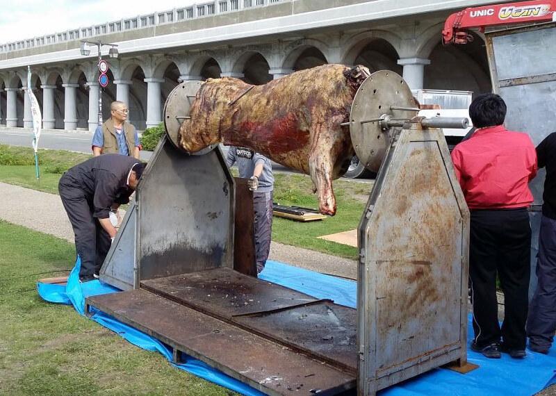 牛の丸焼き