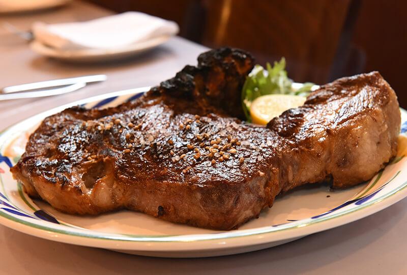 北十勝ファームの短角和牛の炭火ステーキ