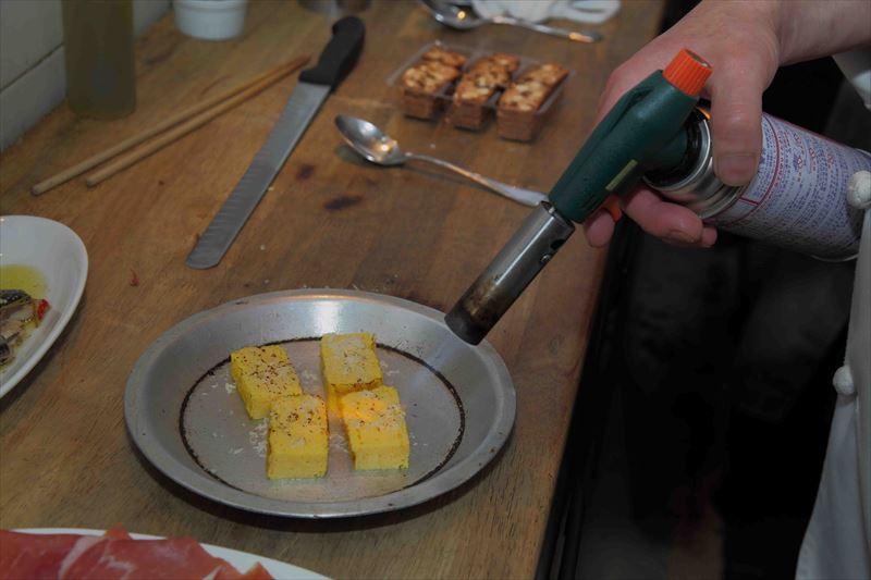 4等分した卵焼き