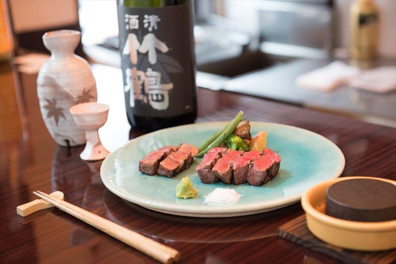 地酒と広島牛食べ比べセット