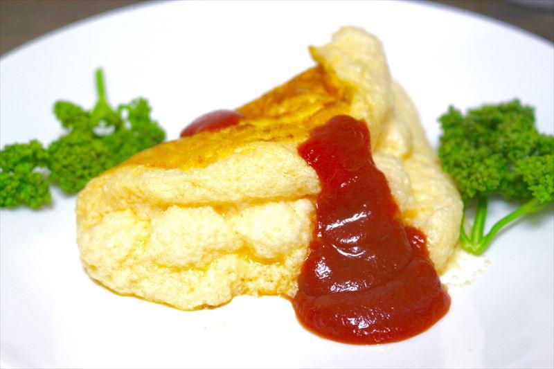 モンサンミッシェルの伝統料理「スフレオムレツ」