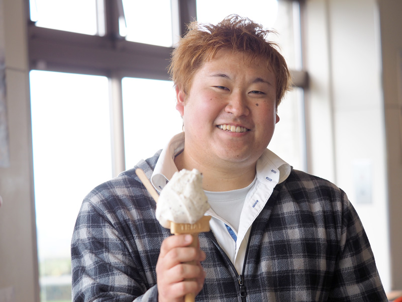 美味しいソフトクリームと齋藤さん