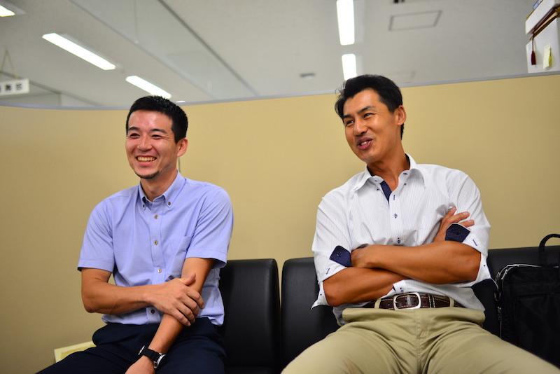 神田グランドファームの神田健一さんと、千葉県、髙梨牧場の高梨裕市さん