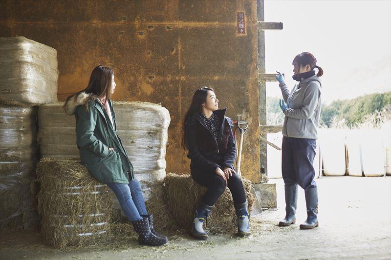 スタッフさんと島野ミキさん、ガルちゃん