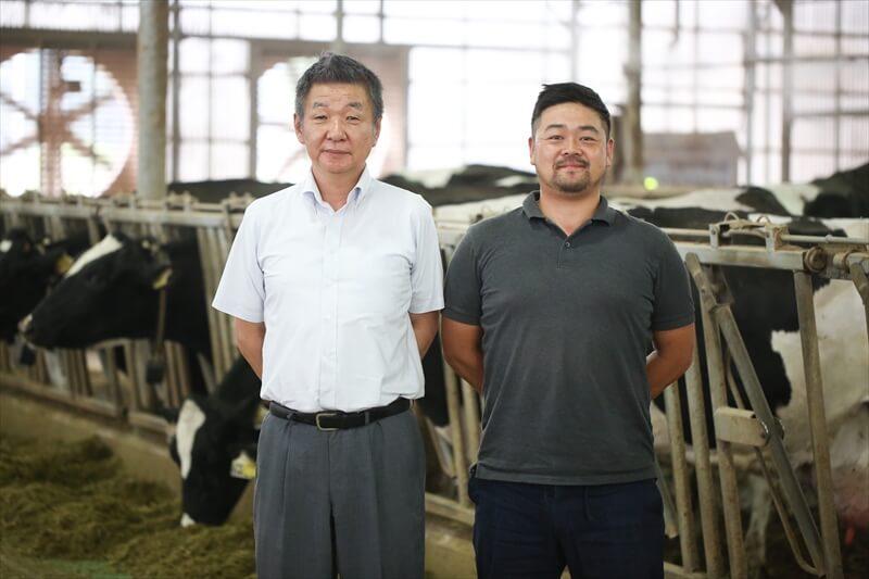 「箸荷牧場」今中さん(右)「霧のいけうち®」の営業担当・三宅さん(左)