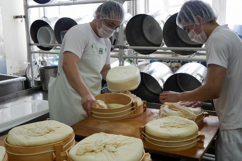 共働学舎新得農場チーズ工房